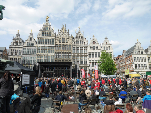 Open Air Konzert auf dem Marktplatz.
